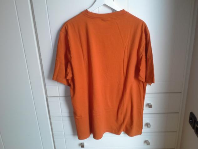 Aνδρικη μπλουζα timberland χρωματος πορτοκαλι και μεγεθους L-XL.. Photo 3