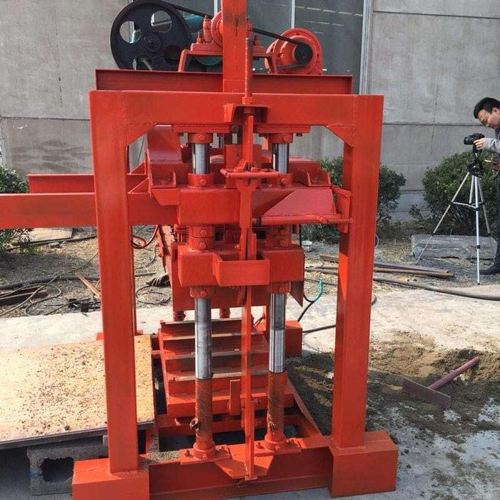 Станок для производства пескоблока (Станки Для шлакоблоков). Photo 3
