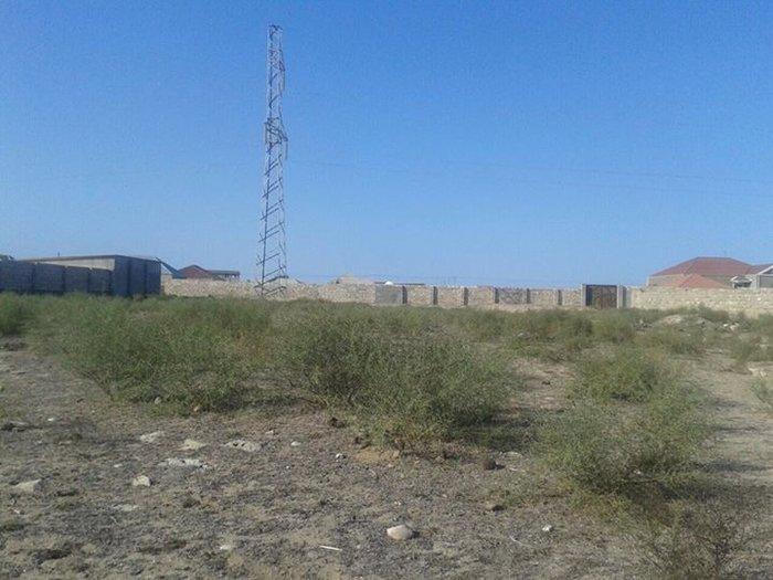 Bakı şəhərində Ekoloji ve cox temiz havasi olan qala pirallahi yolunun ustunde, qala