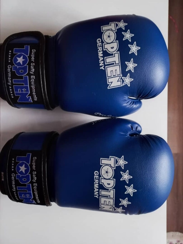 """Боксерские пречатки """"top ten"""" состояние - отличный размер - 8-oz: Боксерские пречатки """"top ten"""" состояние - отличный размер - 8-oz"""