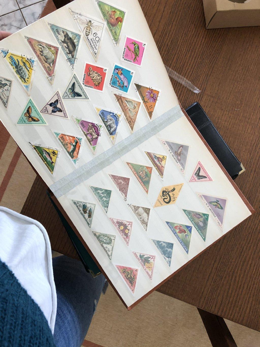 Γραμματόσημα από όλο τον κόσμο. Αρκετά παλιά μερικά