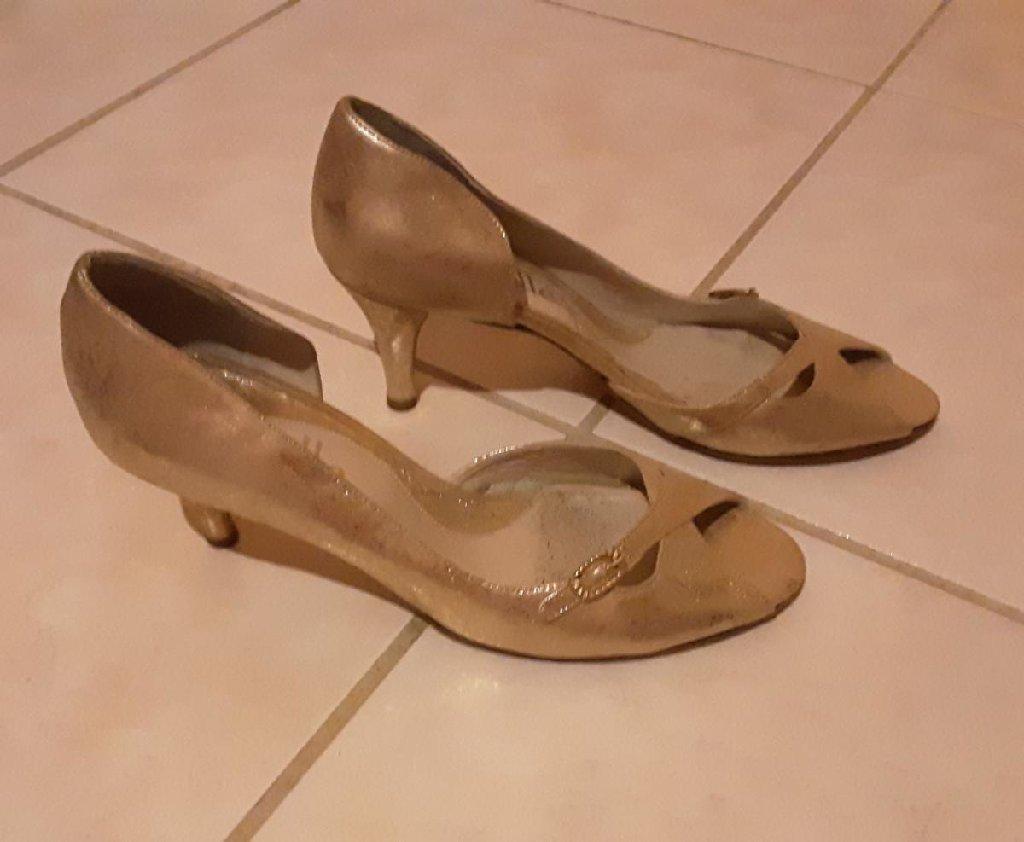 Γυναικεία είδη Υπόδησης - Καματερó: Peep Toe χρυσά, νο39, φορεμένα 1 φορά