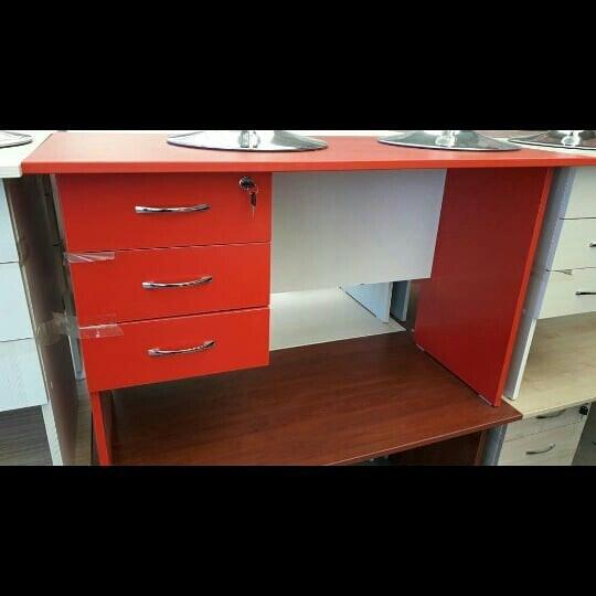 Bakı şəhərində Ofis masasi 120x60