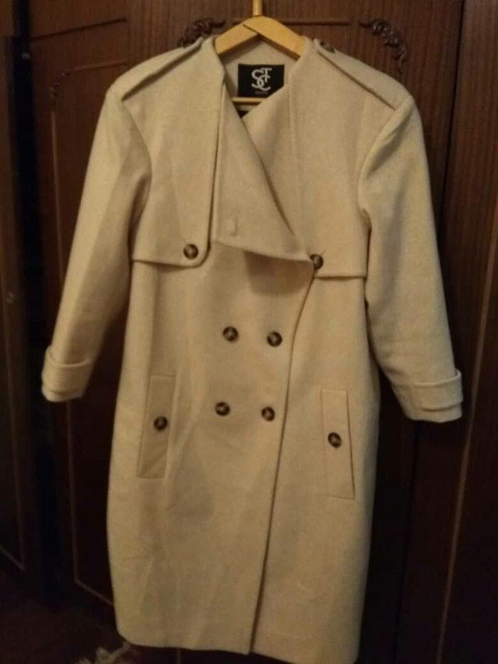 Пальто Турция размер 40 деми. Photo 0