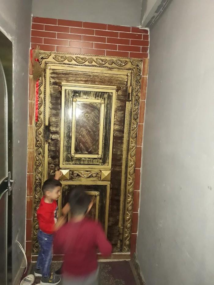 Dəmir seyf qapı satılır 400. Photo 1