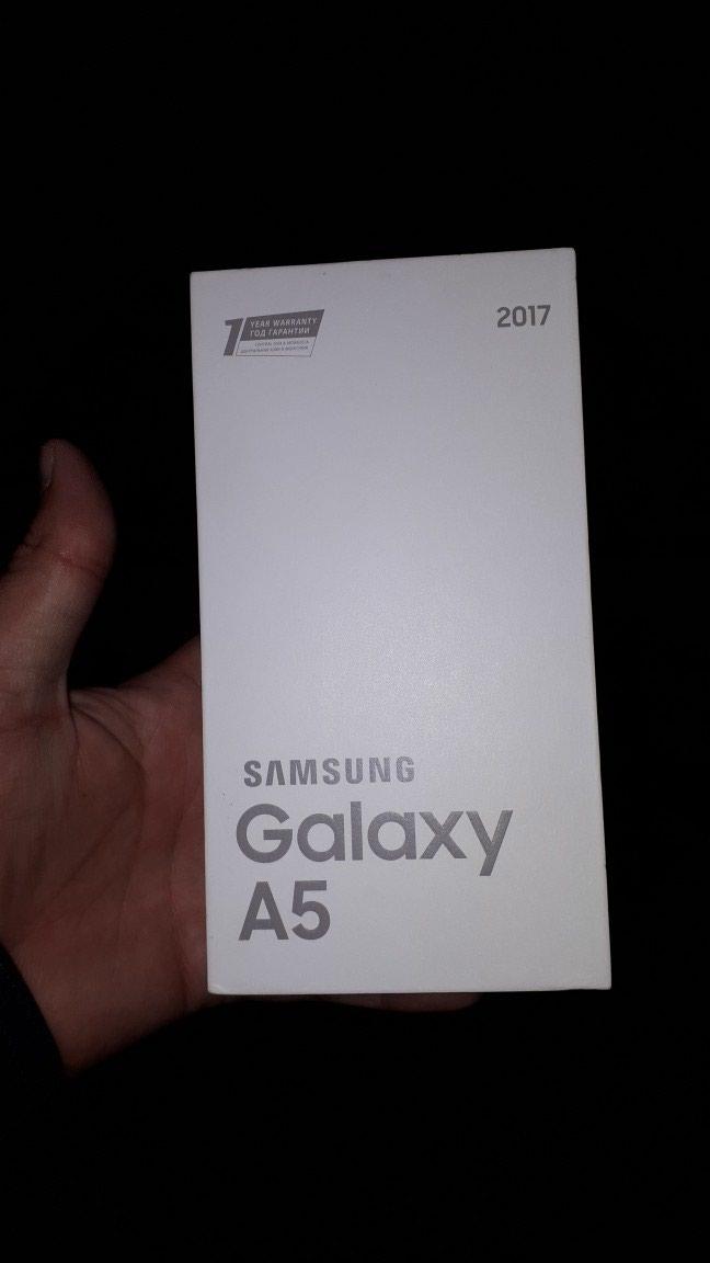 Samsung. Photo 1