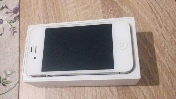 Iphone 4s σε αριστη κατασταση πληρες σε Άνω Σύρος