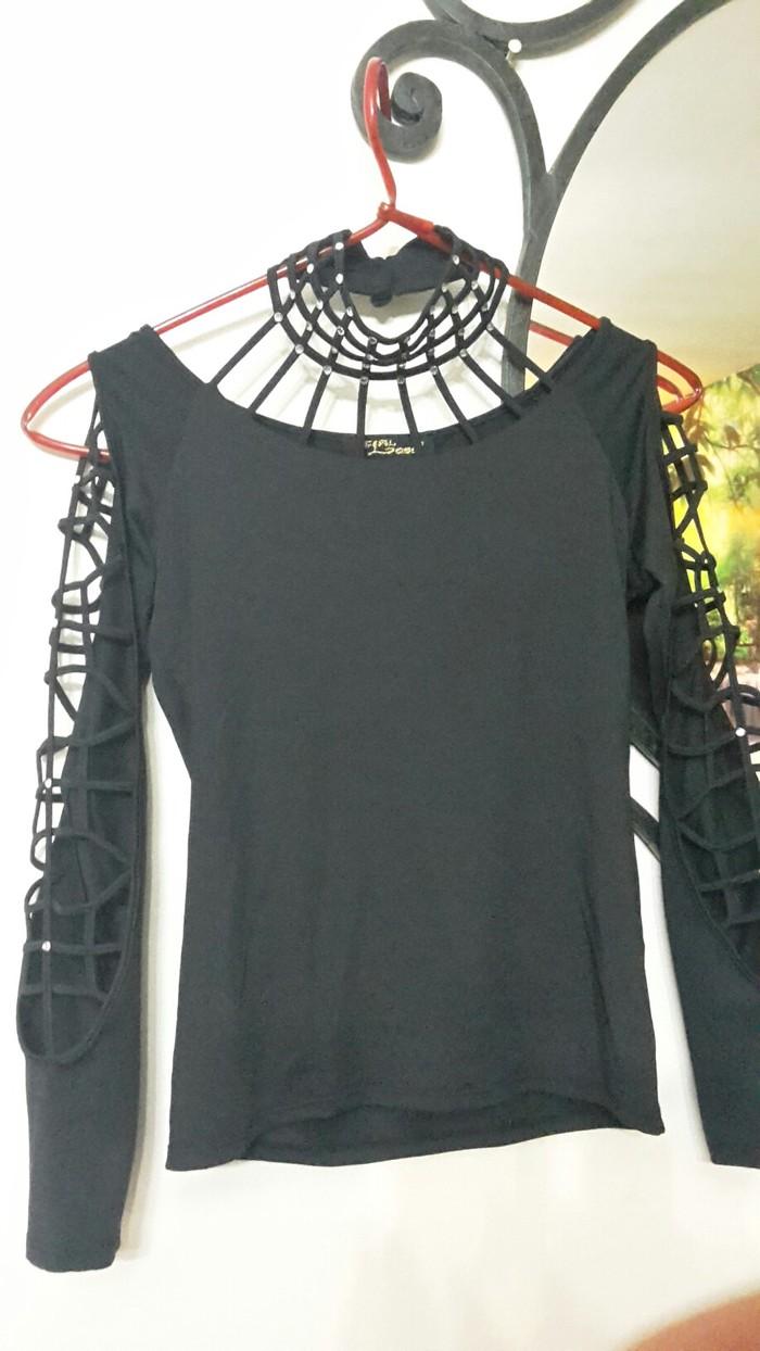 Košulje i bluze - Nis: Preleba svecana bluza sa cirkonima strec univerzalna velicina
