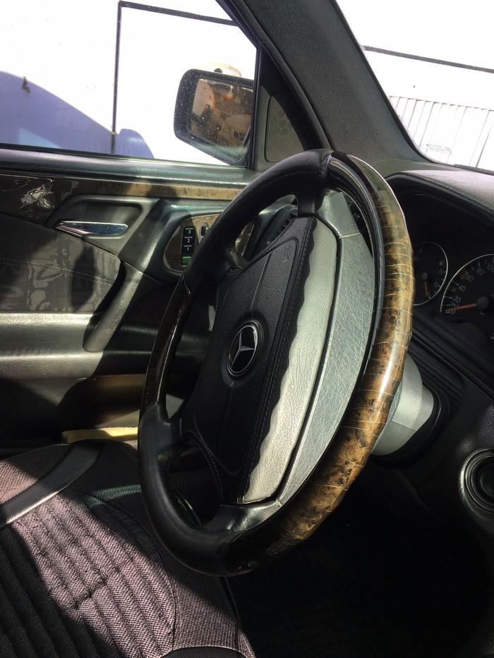 Mercedes-Benz E 430 1998. Photo 2
