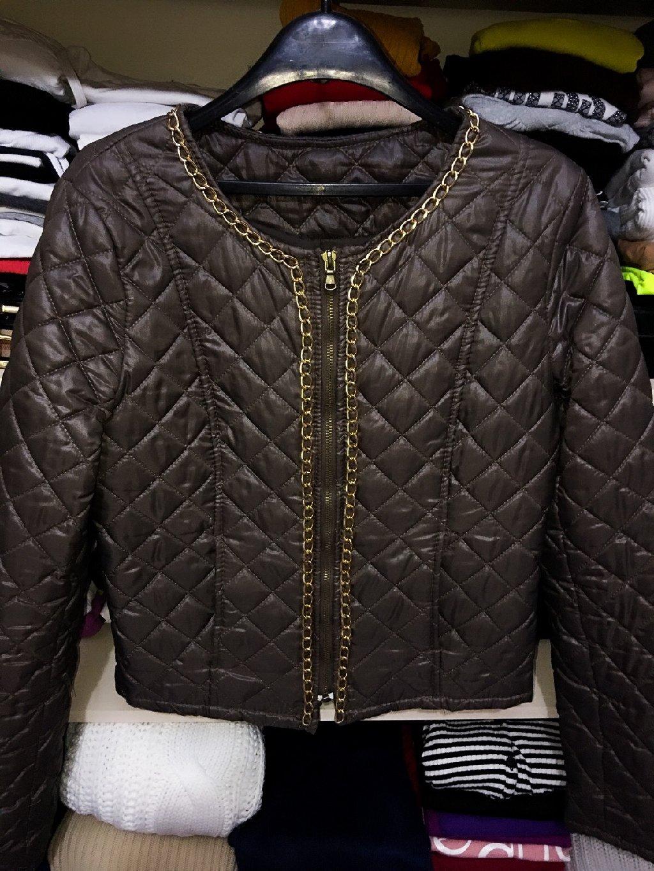 Braon jakna sa lancima like Chanel, s