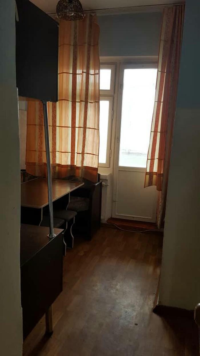 Продается квартира: 3 комнаты, кв. м., Бишкек. Photo 6