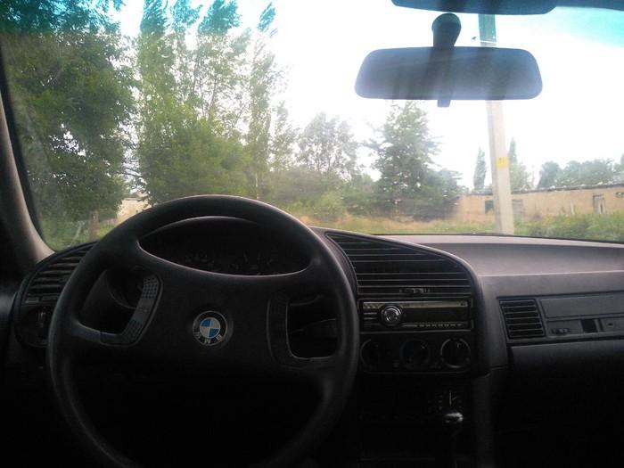 BMW 316 1991. Photo 1