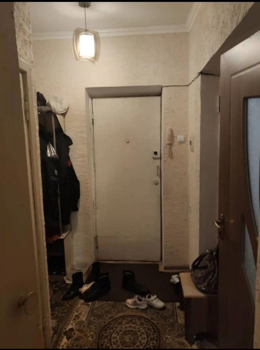 Хрущевка, 2 комнаты, 45 кв. м Бронированные двери, Неугловая квартира: Хрущевка, 2 комнаты, 45 кв. м Бронированные двери, Неугловая квартира