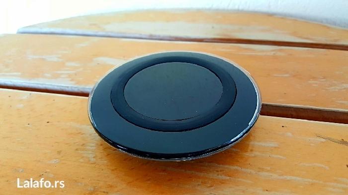 Bezicni punjac za sve telefone koji imaju sposobnost bezicnog punjenja - Trstenik