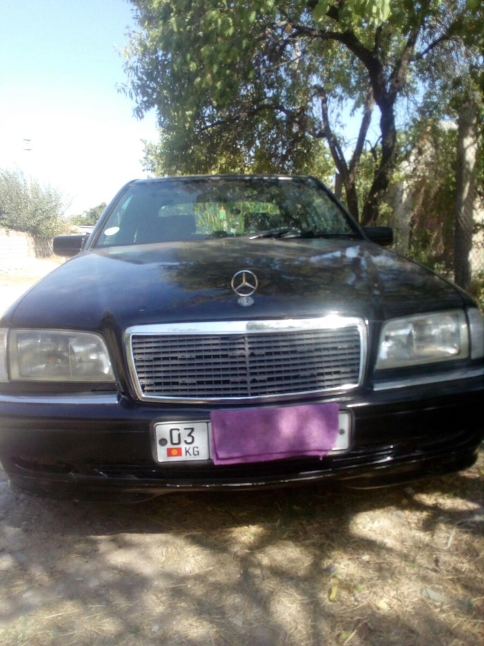 Mercedes-Benz 200 1997. Photo 0