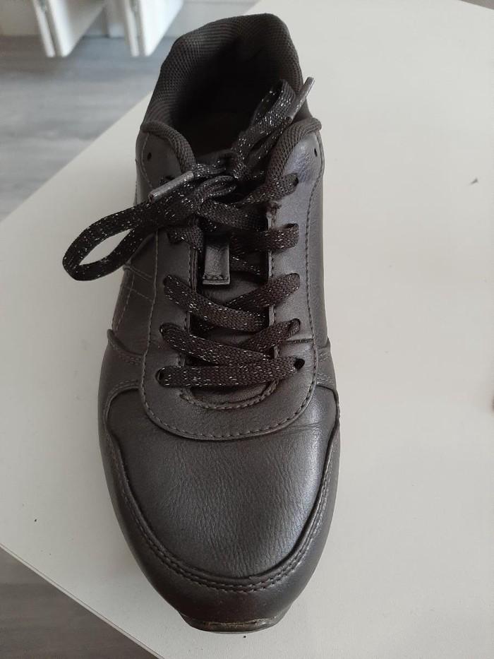 Ženska patike i atletske cipele - Pancevo: Zenske patike bez ostecenja,par puta nosene