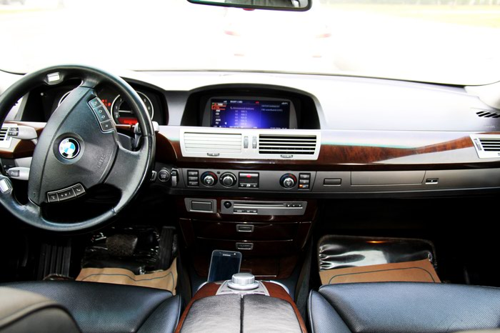 BMW 7 series 2006. Photo 6