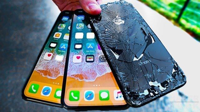 Bakı şəhərində İPHONE X ORGİNAL 490 Manat ekran