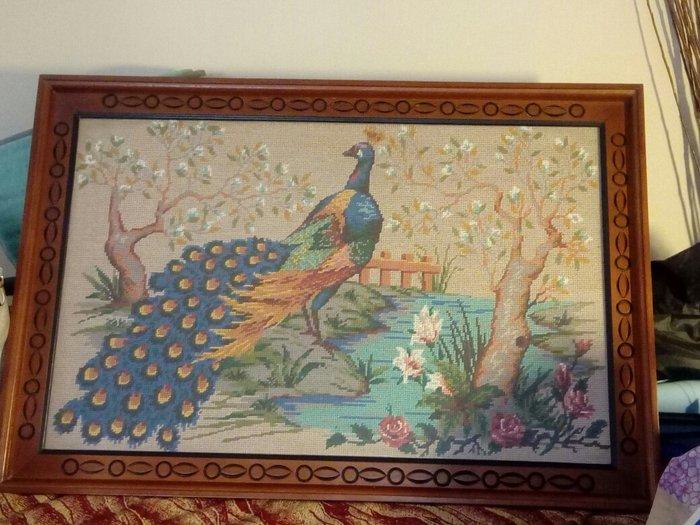 Πίνακας κεντημένος στο χέρι σε Ζωγράφου