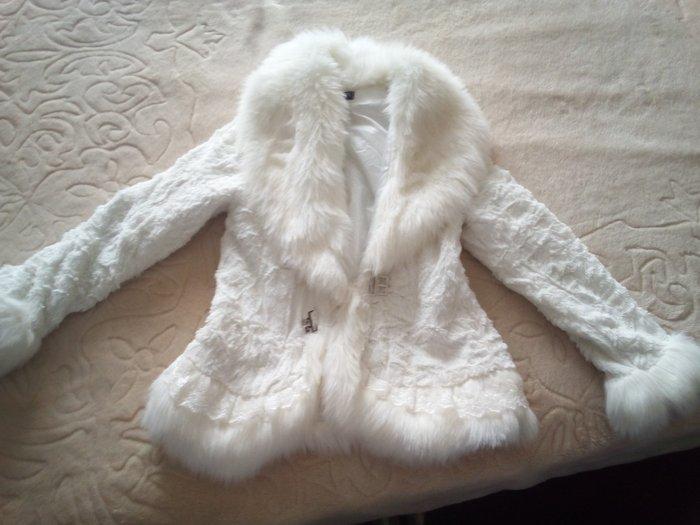 Λευκο γουνακι μεσατο. Photo 0