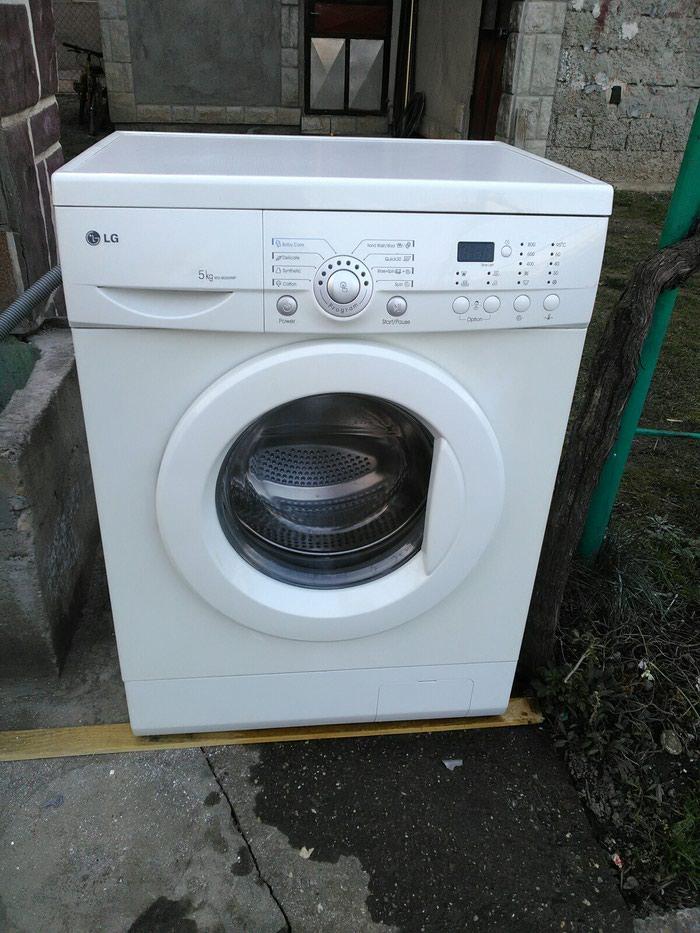 Frontalno Automatska Mašina za pranje LG 5 kg.. Photo 1