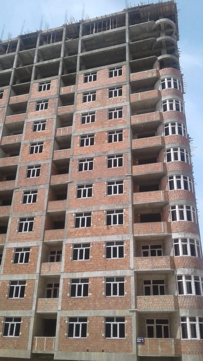 Xırdalan şəhərində Xirdalan weheri aaaf park yawayiw kompleksinde 1.2.3 otaqli