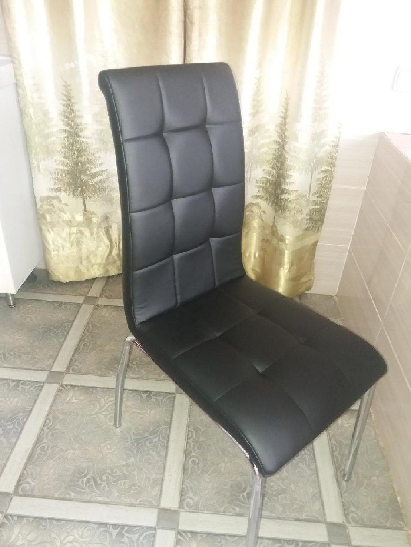 Срочно, срочно продаю стулья
