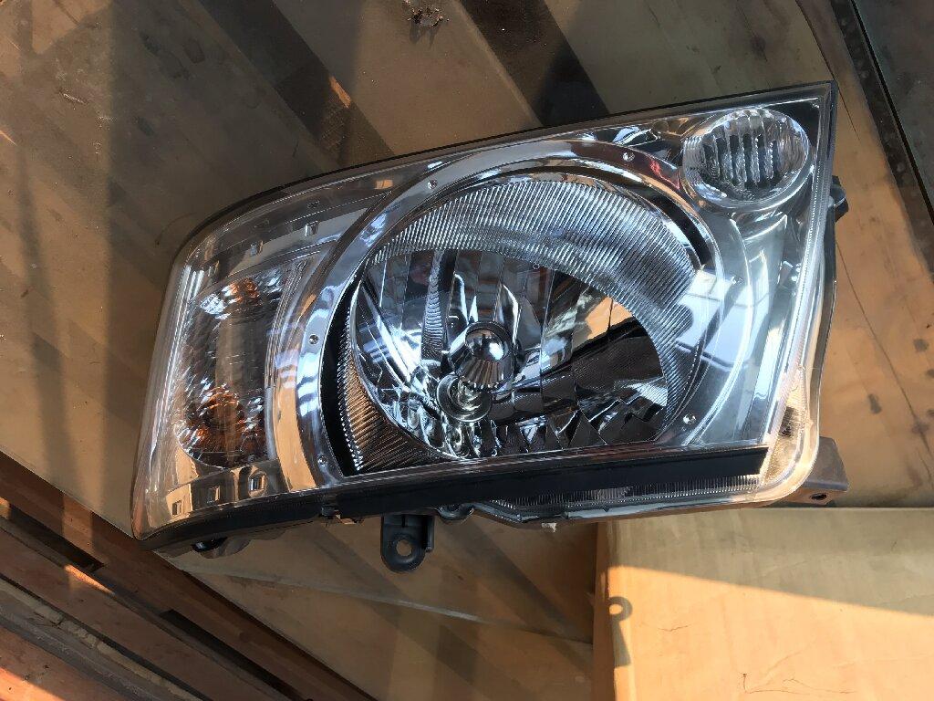 Фара перед.лев. Nissan Patrol