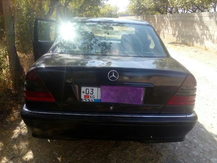 Mercedes-Benz 200 1997. Photo 5
