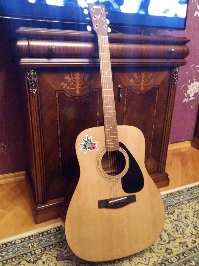 Sumqayıt şəhərində Гитара Yamaha F310, как новая, без сколов,
