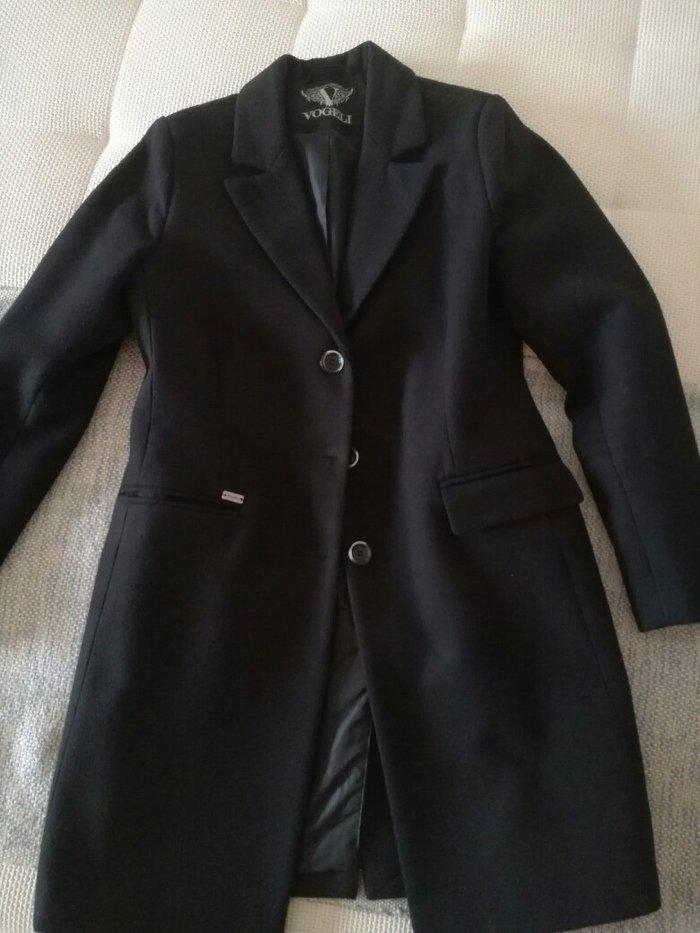 Vogeli kaput, velicina m , kao nov ,kupljen prosle zime i obucen mozda dva puta, mnogo vise placen