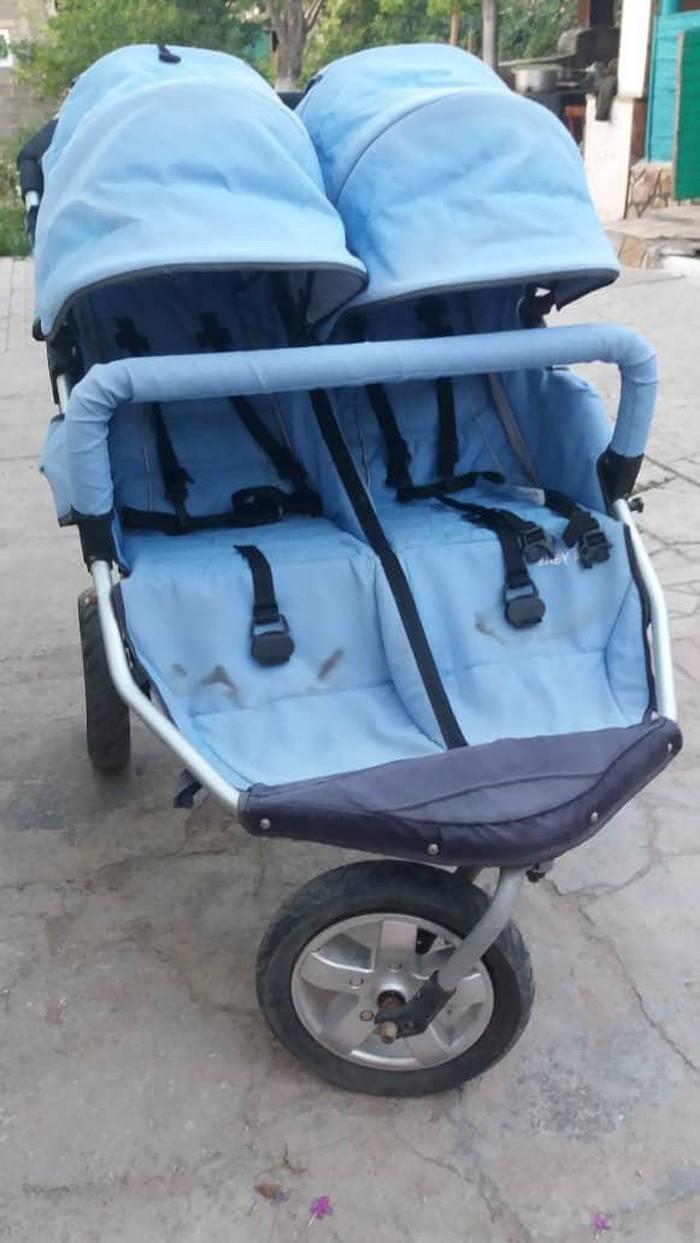 Продаю коляску для двойняшек, состояние отличное. покупала за 15000с . Photo 2