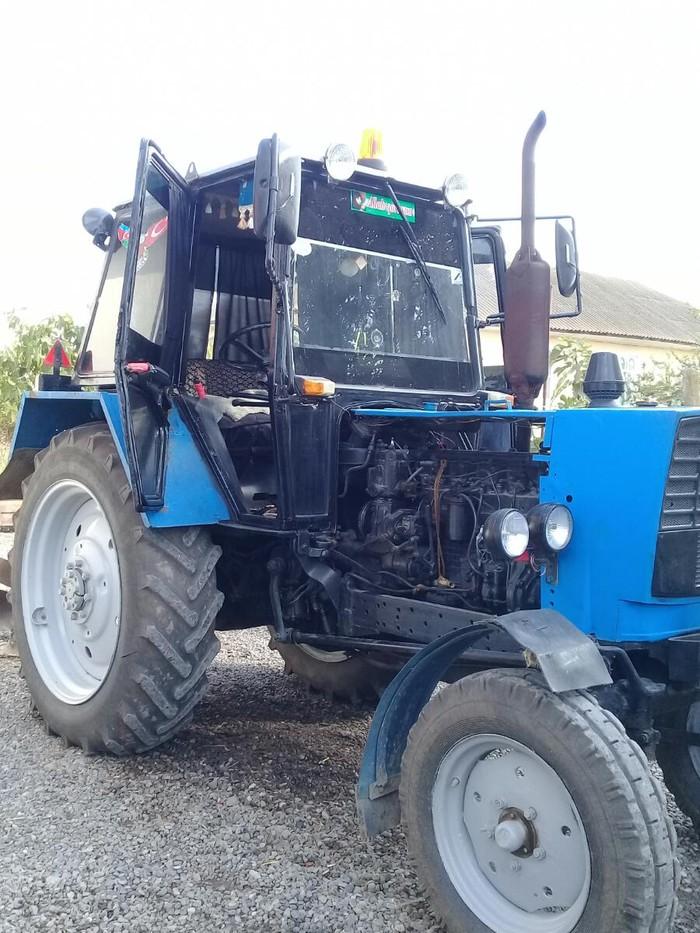 Cəlilabad şəhərində Yumze traktor satlr fikri cidi olanlar zeng vura biler