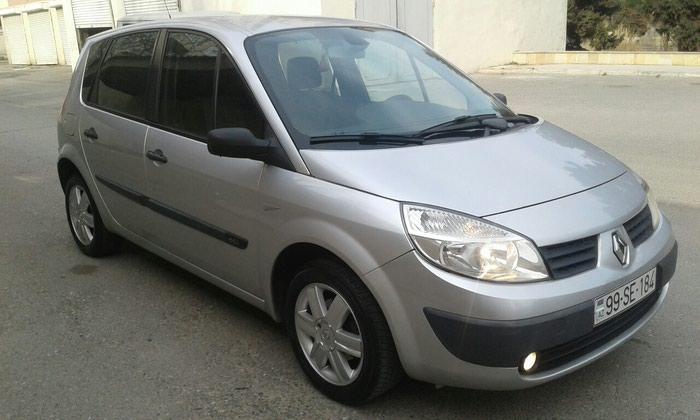 Renault 2005. Photo 1