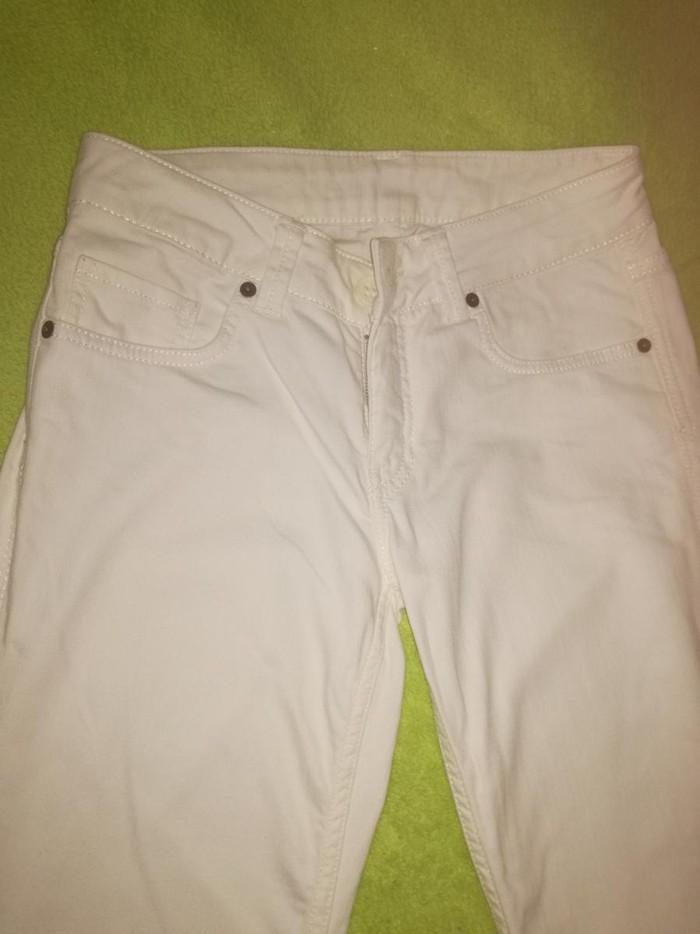 Bele pantalone, vel. 36