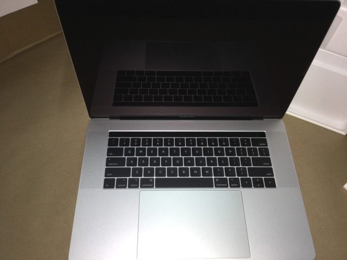 "Apple MacBook Pro 15"" 2018 . Photo 1"