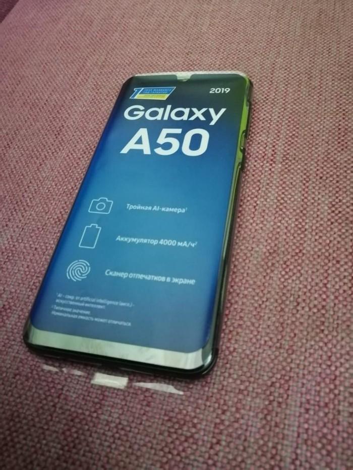 Новый Samsung A50 64 ГБ Черный. Photo 1
