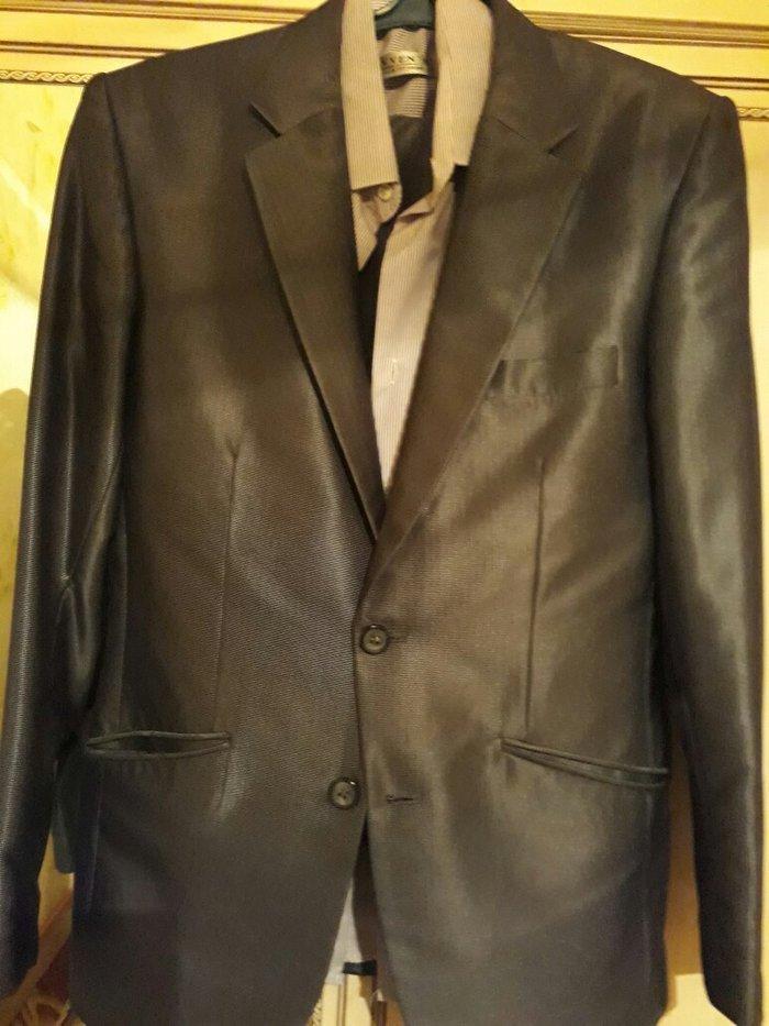 костюм мужской,44  размер. В комплекте рубашка ,костюм и галстук в пад в Бишкек