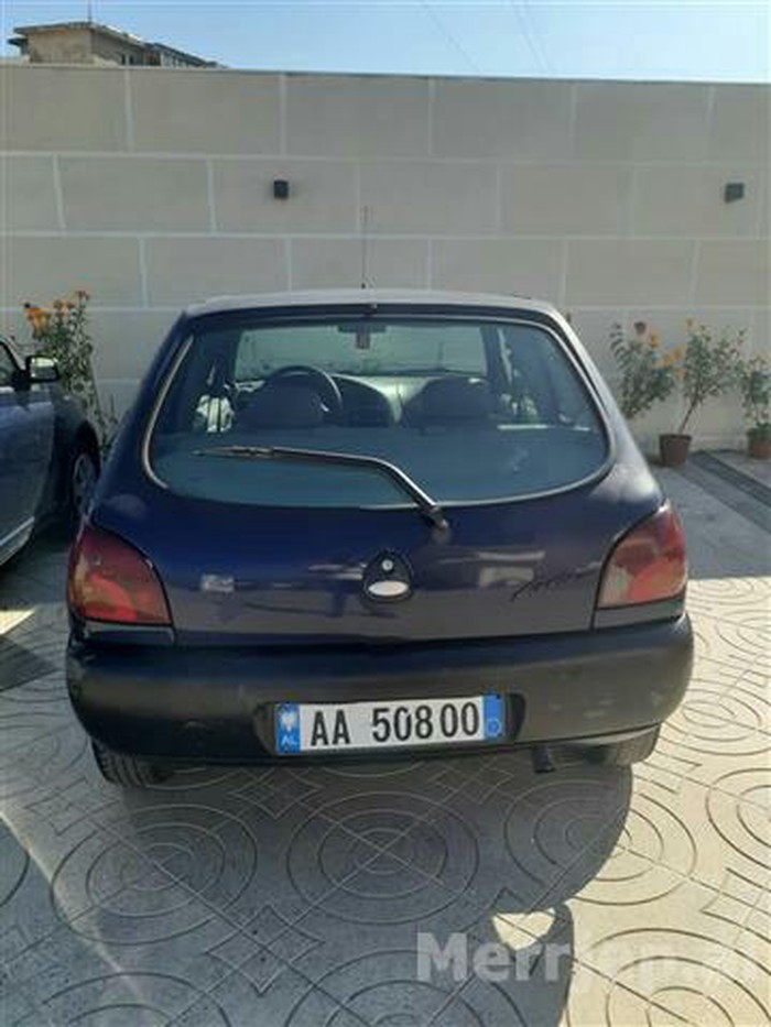 Ford Fiesta 1996. Photo 2