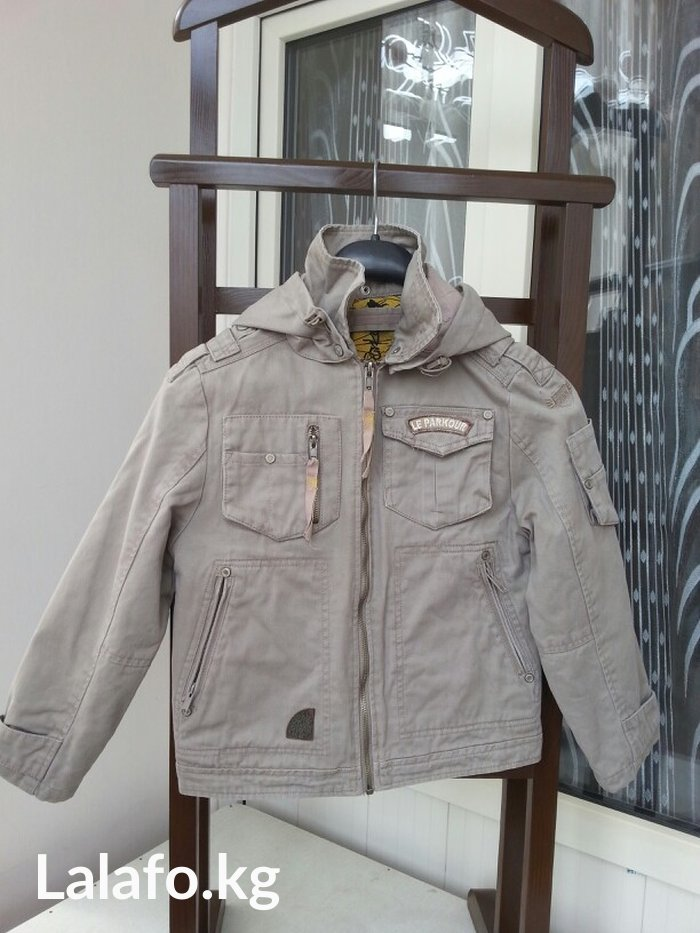 Куртка осенняя sela х/б, 8-9 лет в хорошем состоянии в Бишкек