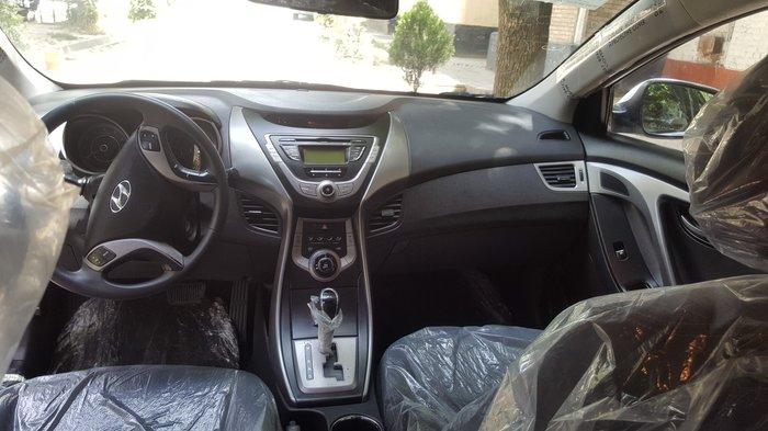Hyundai Elantra 2013. Photo 3