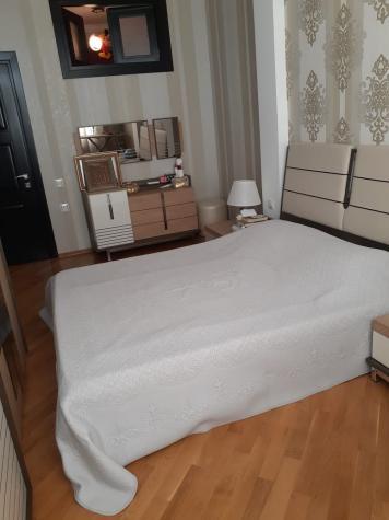 Mənzil satılır: 3 otaqlı, 90 kv. m., Bakı. Photo 3