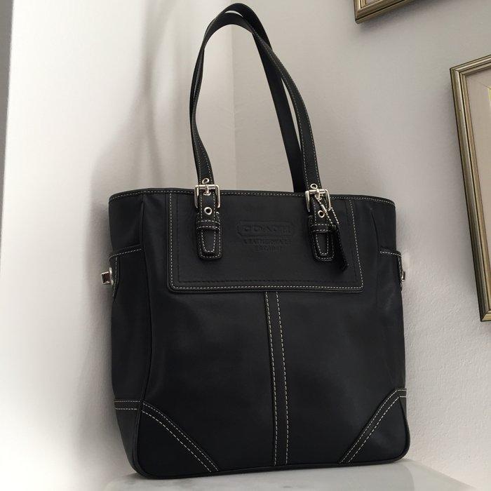 Coach New York Legacy μαύρη, δερμάτινη τσάντα. Photo 0