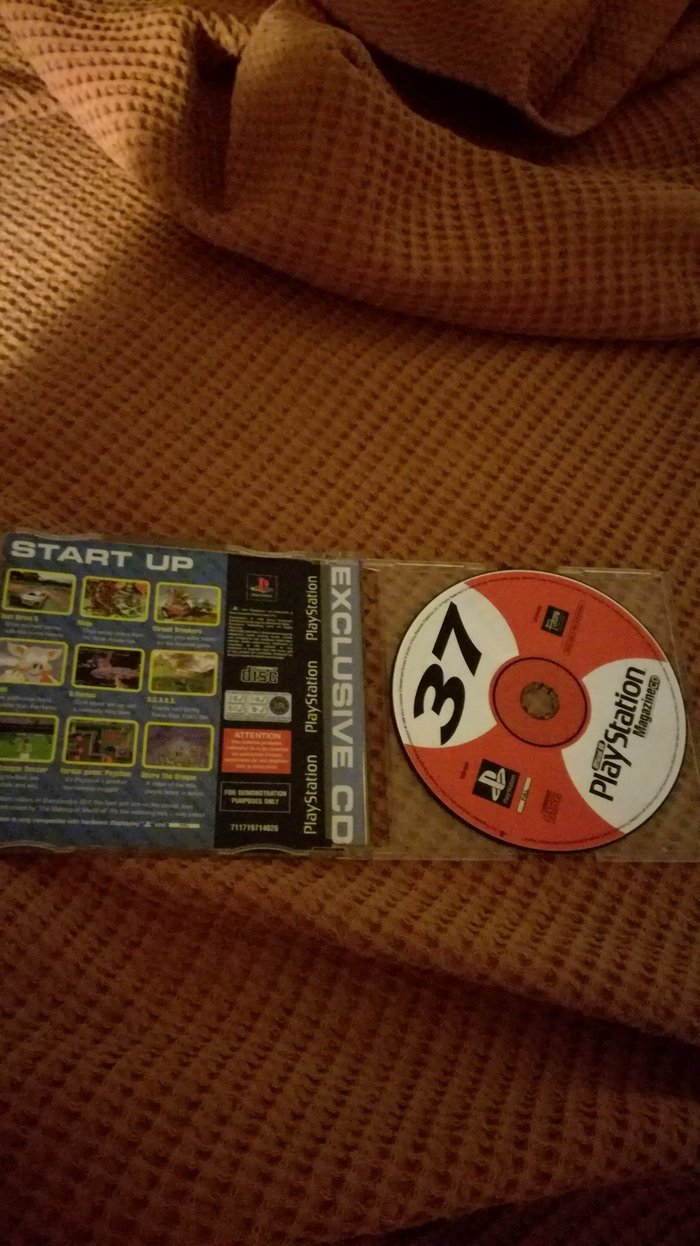 PSX Demo 37 PAL Version. Includes the games Circuit Breakers (add-on. Photo 2