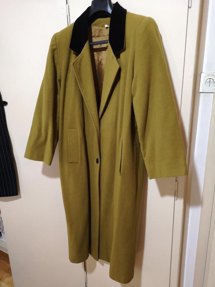 Maxi παλτό ολομαλλο, Νο Medium Large   με βελούδινο μαύρο γιακά. . Photo 0