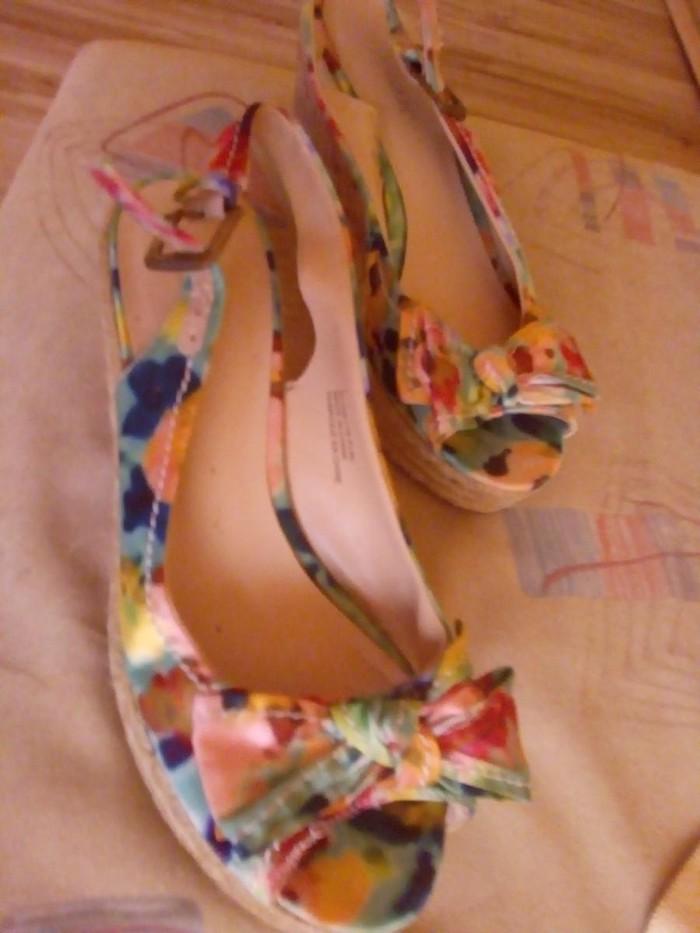 Ženske Sandale i Japanke - Kraljevo: Prelepe sandale vel 37.nenosene
