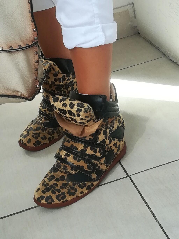 Ženska patike i atletske cipele - Batajnica: BR