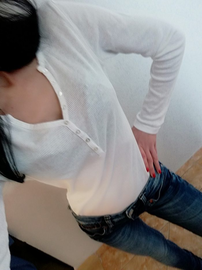 Košulje i bluze - Jagodina: Bluza body tcm Vel m. Saljem post expresom. Rasprodaja sa mog naloga