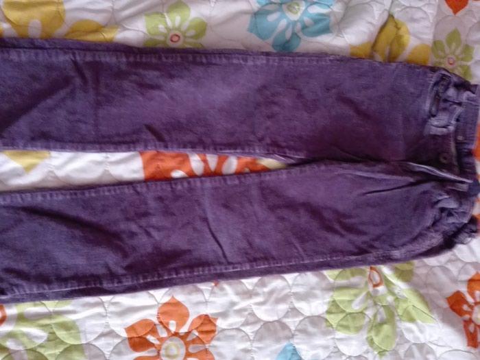 Pantalone decije extra ocuvane. Photo 0