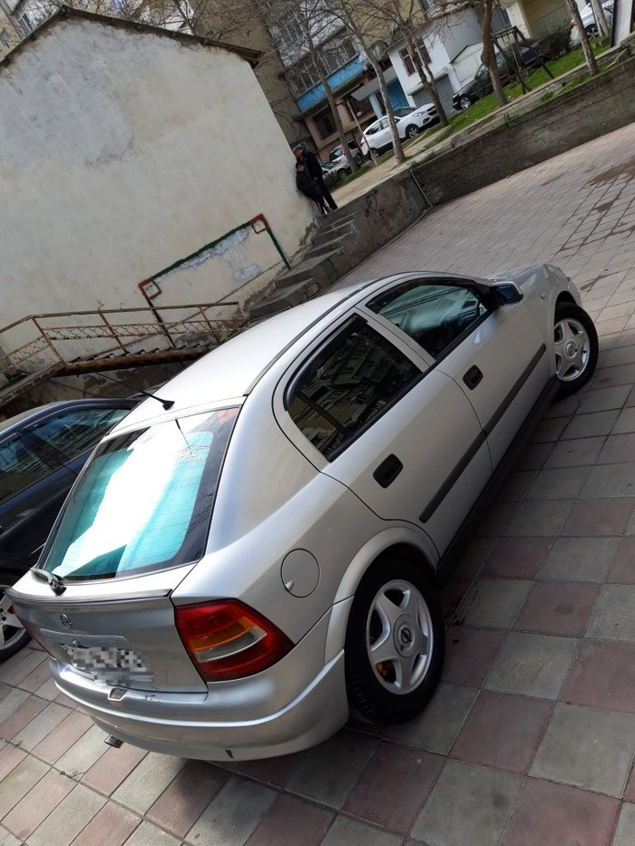 Opel Astra 1999. Photo 1